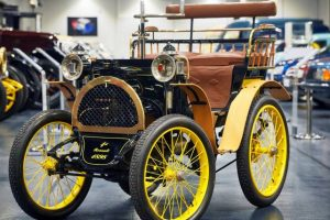 Um filme fantástico dos 120 anos da Renault