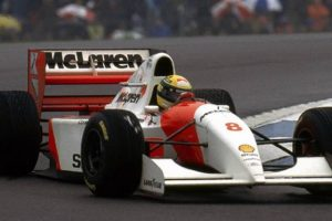 McLaren MP4/8 conduzido por Senna vai a leilão