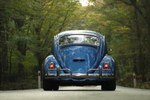 Bruxelas processa Portugal devido ao IUC aplicado a automóveis antigos importados