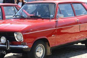 Encontro Opel junta mais de 80 automóveis em missão social
