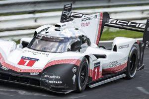 "Porsche 919 Hybrid Evo bate recorde no ""Inferno Verde"""