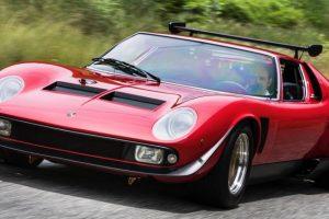 Lamborghini restaura o icónico Miura SVR