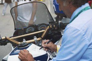 A homenagem de Cyril Neveu a José Megre no Caramulo Motorfestival