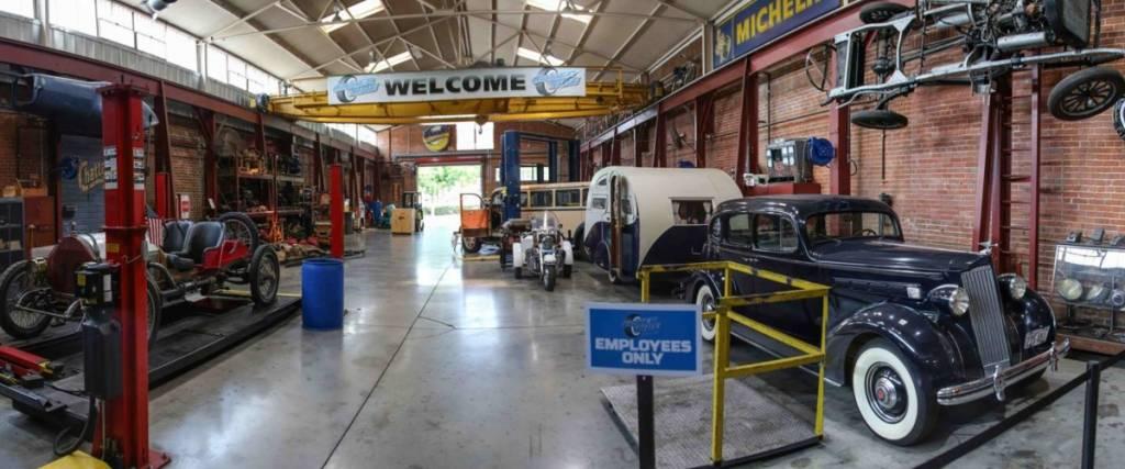 A incrível colecção do Coker Tire Museum