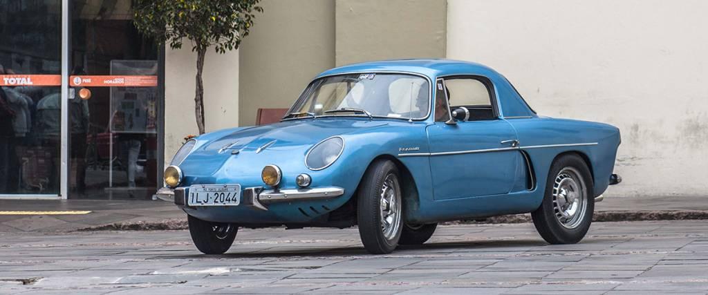 Automóvel vintage do dia a dia