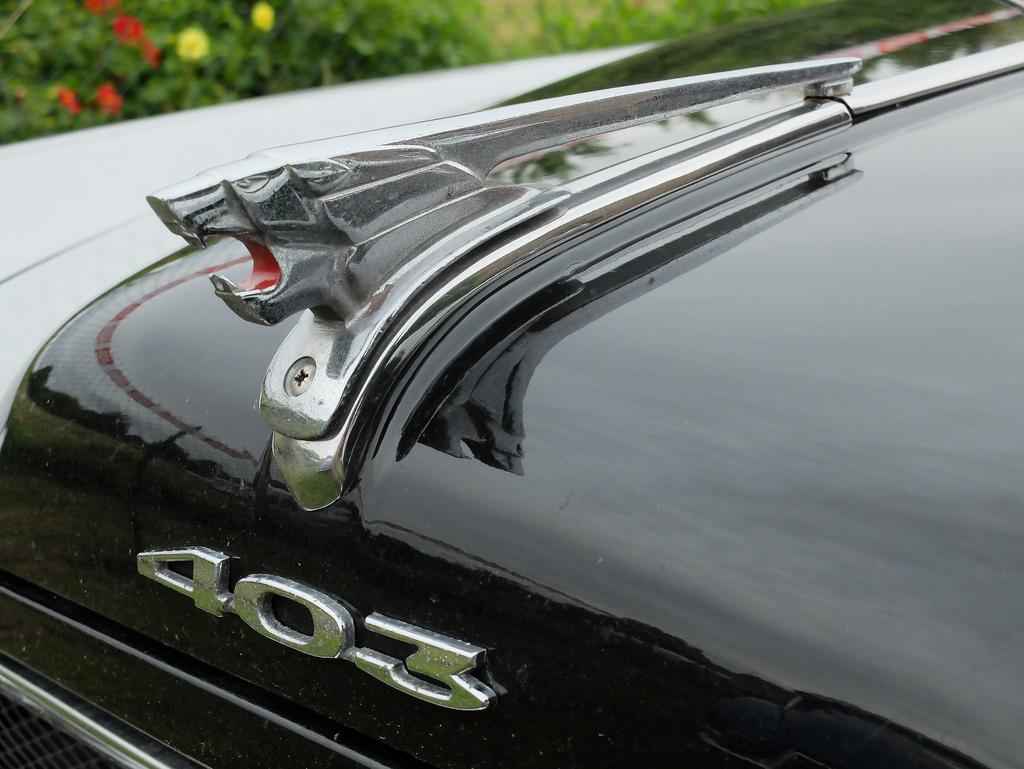 Jornal dos Clássicos - As 15 mascotes de automóveis mais emblemáticas