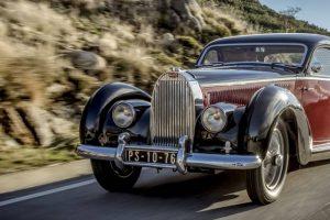 Bugatti 57C Atalante do Museu do Caramulo em destaque na revista Octane