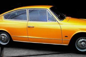 O Karmann Ghia TC amarelo