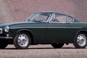 Volvo P1800, para santos e condutores