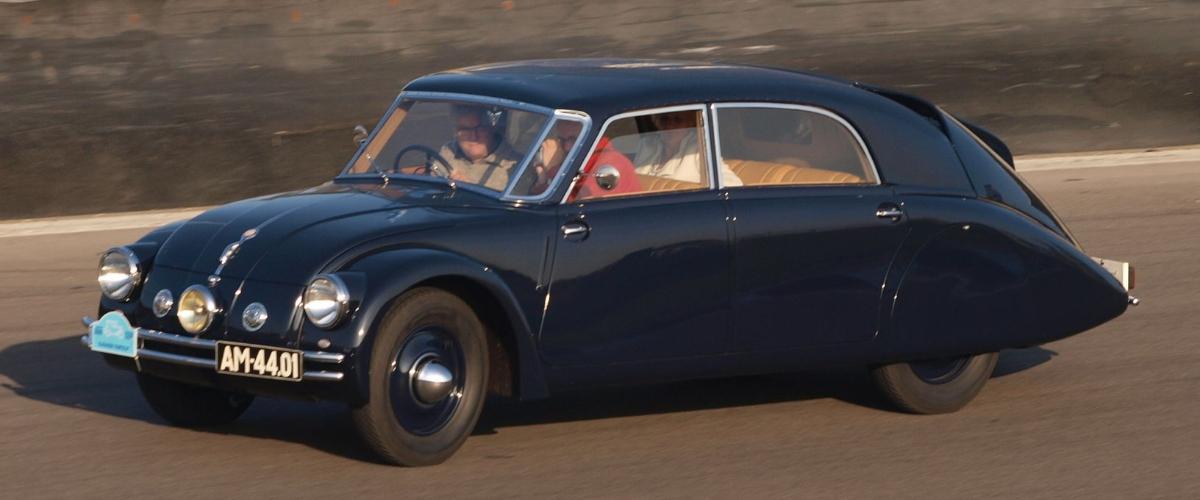Tatra T77a, o assassino de nazis