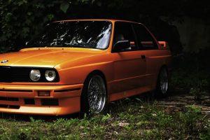 As melhores capas de discos com automóveis clássicos