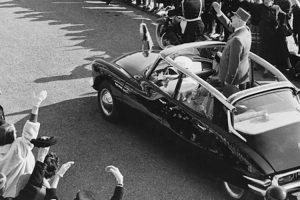 Quando o Citroën DS salvou o General de Gaulle