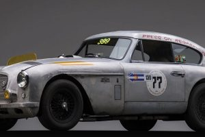 "Aston Martin DB2/4 MK II vai a leilão com todas as marcas de ""guerra"" expostas"