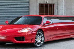 Ferrari transformado em limousine à venda no eBay por 330 mil dólares