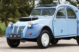 RM Sotheby's leiloa raro Citroën 2CV 4x4 'Sahara'