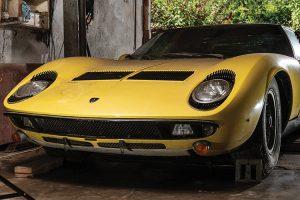 Lamborghini Miura P400 S vendido em leilão por 1,24 milhões de libras