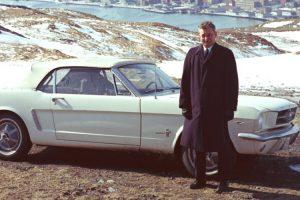 Vendedor do primeiro Ford Mustang reencontra-se com o automóvel 55 anos depois
