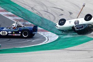 O aparatoso acidente no Iberian Historic Endurance em imagens