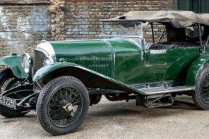 Bentley 3 Litre que permaneceu quase 60 anos numa garagem vai a leilão