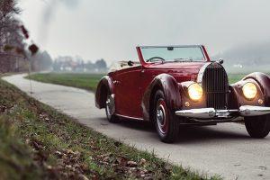 RM Sotheby's leva par histórico de modelos Bugatti a leilão em Paris