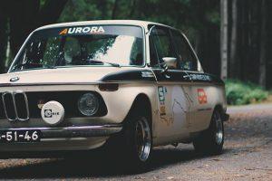 BMW 2002: A arte sobre rodas
