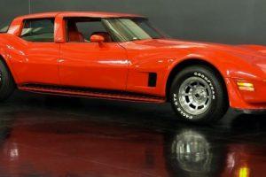 Raro Chevrolet Corvette com quatro portas está à venda na Califórnia