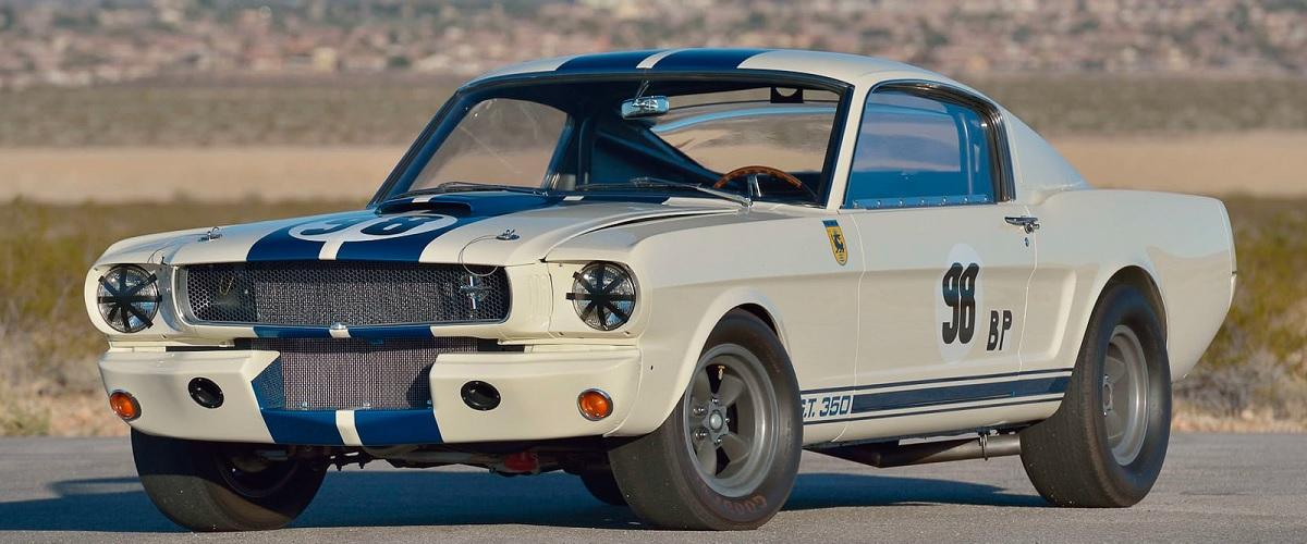 Mecum leva a leilão o primeiro Shelby GT350R a ser produzido