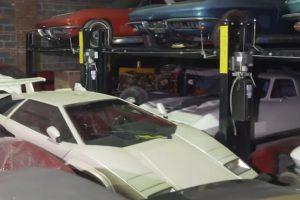 Colecção de mais de 300 automóveis permaneceu armazenada durante 32 anos