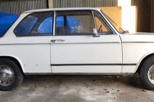 Jay Kay vendeu o seu primeiro automóvel, um BMW 1602 de 1972
