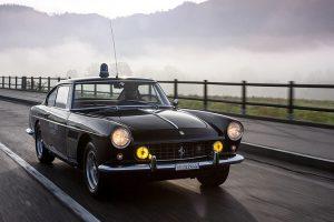 Ferrari 250 GTE utilizado pela polícia italiana está à venda