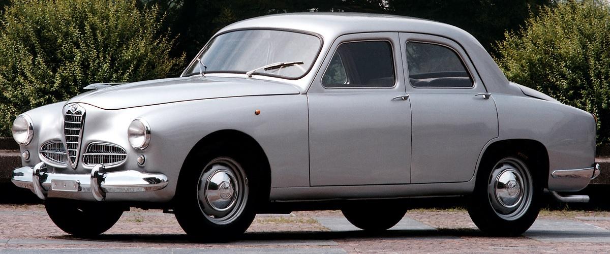 Alfa Romeo 1900, o primeiro modelo da marca italiana construído numa linha de produção