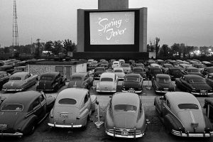 Cinemas Drive-in, a história e o conforto sobre rodas