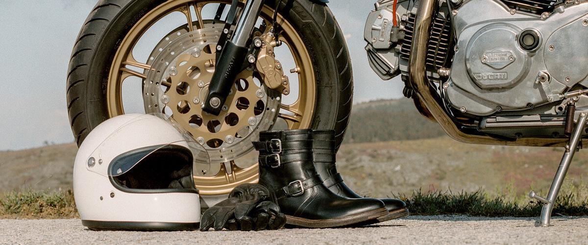 Mariano Shoes junta-se ao passeio de motos clássicas Rider