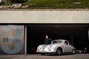 A fantástica garagem Porsche de Adi Herzog