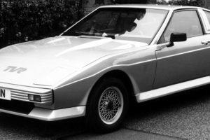 Tasmin, o primeiro da linhagem de modelos em cunha da TVR
