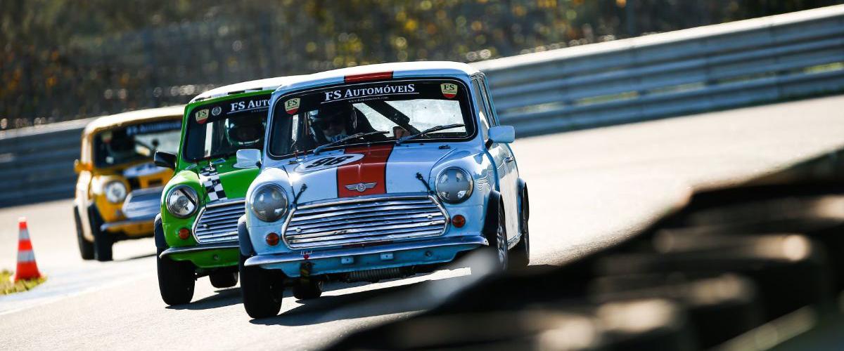 Os 250 Km do Estoril: Troféu Mini com discussão final aos centésimos de segundo