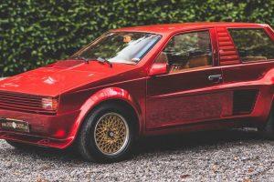 Sbarro Super Eight, o pequeno automóvel com coração Ferrari