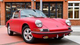Porsche restaura o primeiro 911 S Targa vendido na Alemanha