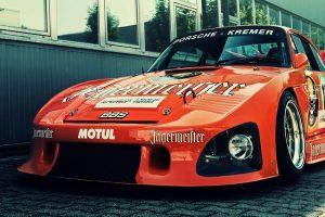 O Porsche 935 K3 da Kremer Racing com a icónica decoração da Jägermeister