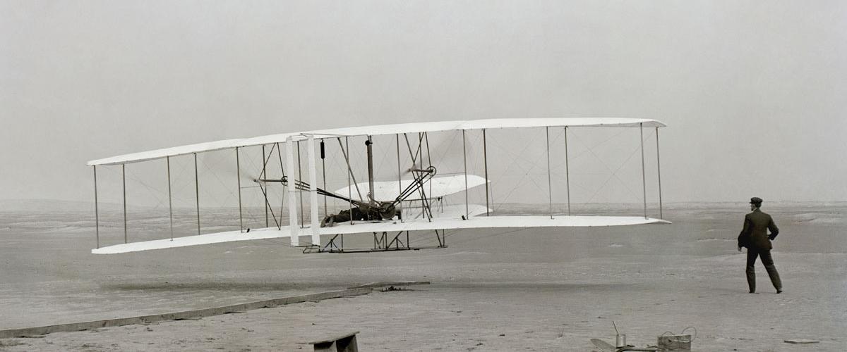 Quem inventou o avião?