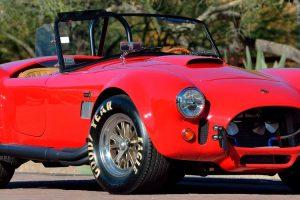 Vai a leilão raro Shelby Cobra 427 FAM que pertenceu ao actor Paul Walker