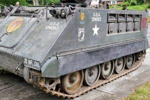 Veículo militar utilizado na Guerra do Vietname está à venda