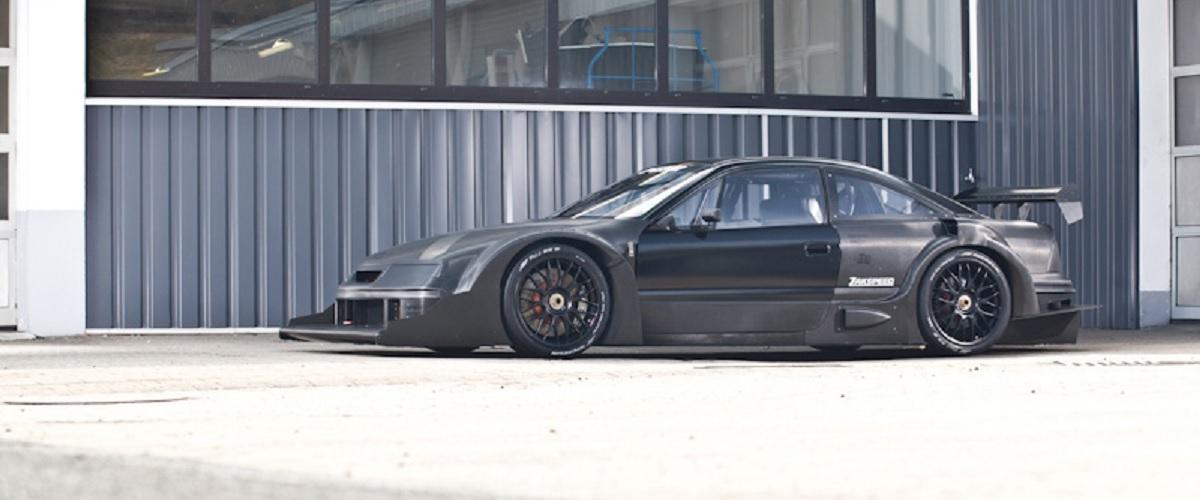 O protótipo do Opel Calibra de DTM produzido totalmente em fibra de carbono pela Zakspeed