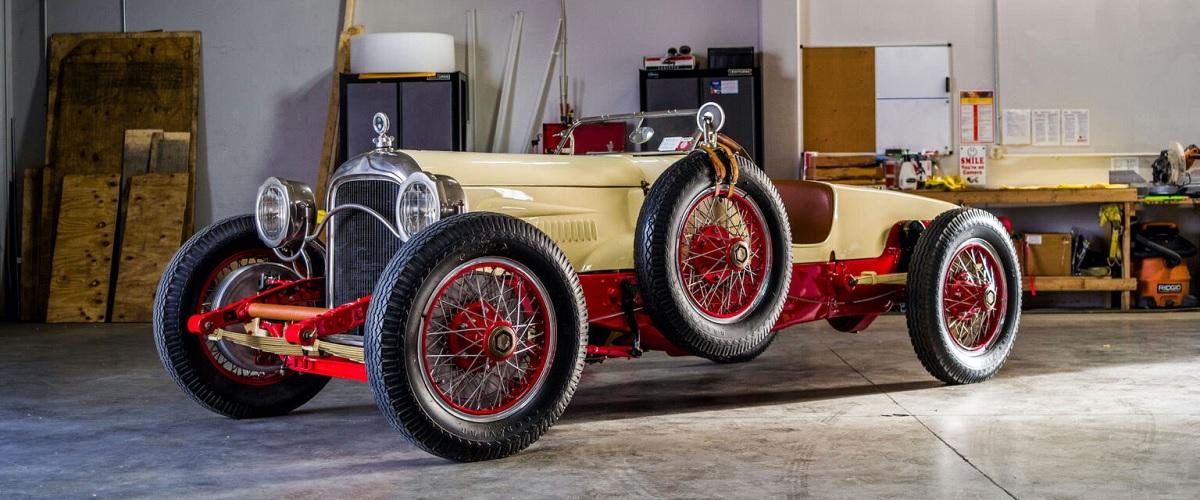 Packard 2-25 Twin Six Runabout V12 de 1917 vendido por 86 mil euros em leilão
