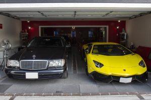 A colecção japonesa centrada em automóveis V12, com um intruso de peso