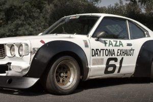 A história de um Mazda Savanna RX-3 que competiu no JTCC e foi encontrado numa cave