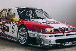RM Sotheby's levou a leilão Alfa Romeo 155 V6 TI com as icónicas cores da Martini