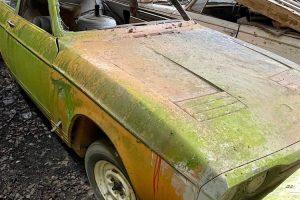 Protótipo inacabado do Reliant Bond Equipe redescoberto e vendido em leilão