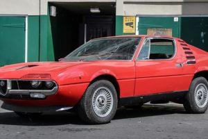Depois de 30 anos fechado numa garagem este Alfa Romeo Montreal vai a leilão