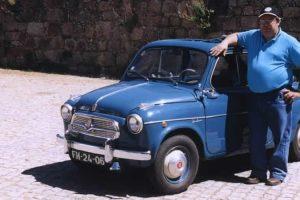 A história de um Fiat 600 encontrado num palheiro que passa de geração em geração